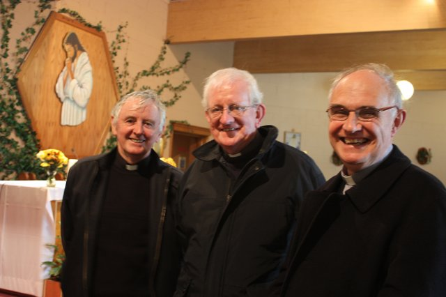 fr.-john-lyng-and-fr.-padraig-daly-with-a-visiting-priest-nov