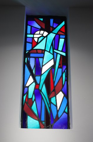 stained-glass-panel-donated-by-desmond-carrick